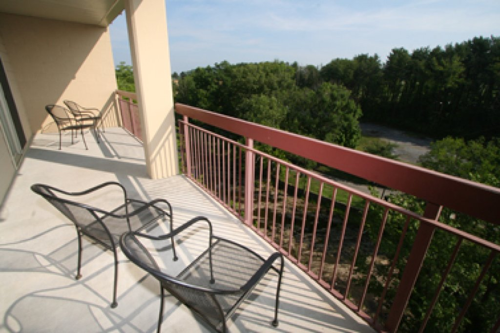 Photo of a Pigeon Forge Condo named Cedar Lodge 601 - This is the twenty-second photo in the set.