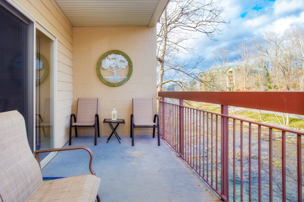 Photo of a Pigeon Forge Condo named Cedar Lodge 101 - This is the nineteenth photo in the set.