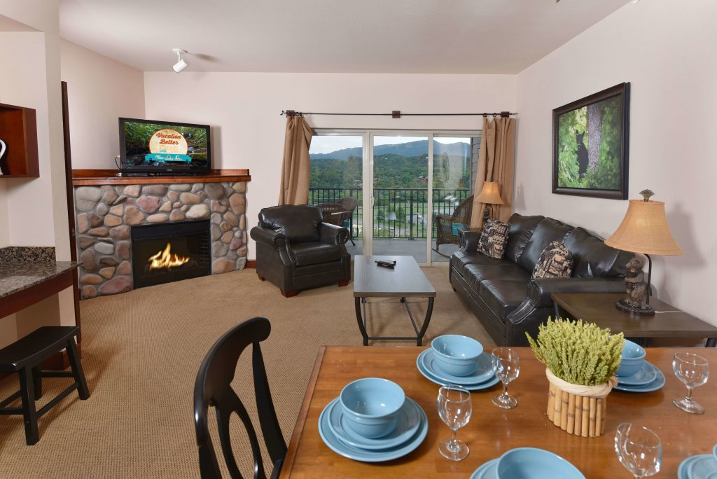 Photo of a Pigeon Forge Condo named Big Bear Resort 4002 - This is the first photo in the set.