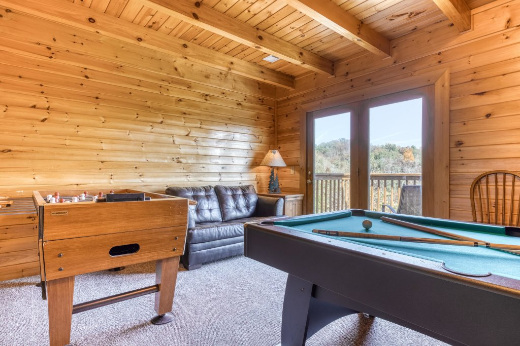 Photo of a Sevierville Cabin named Southern Charms - This is the third photo in the set.