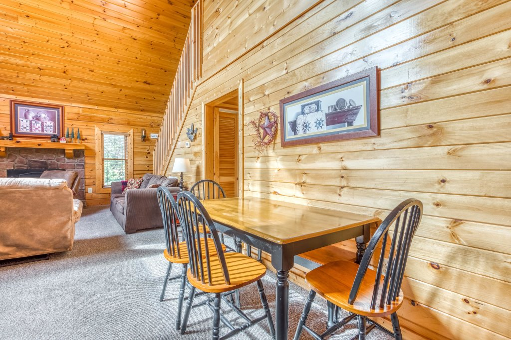 Photo of a Sevierville Cabin named Southern Charms - This is the twelfth photo in the set.