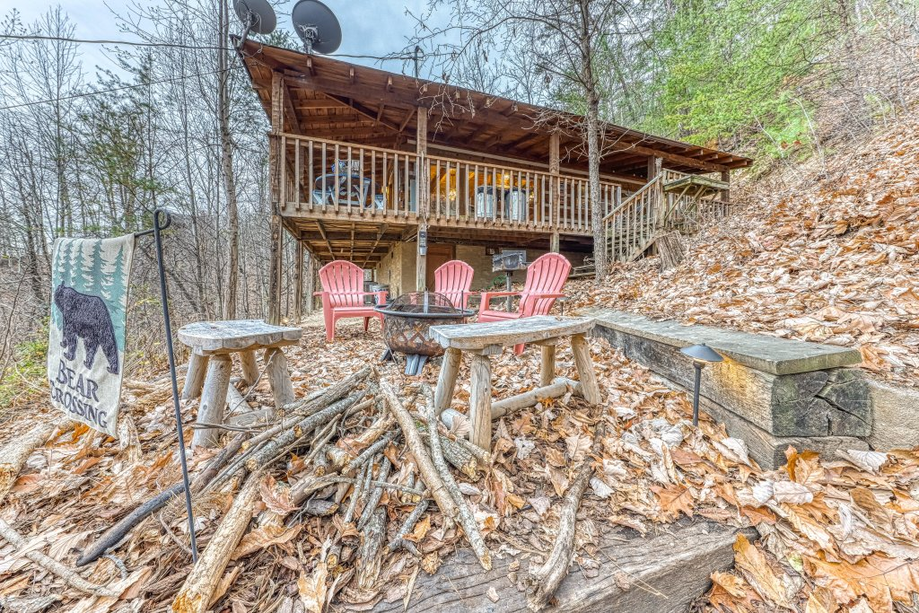 Photo of a Sevierville Cabin named Black Bear's Bluff - This is the twenty-ninth photo in the set.