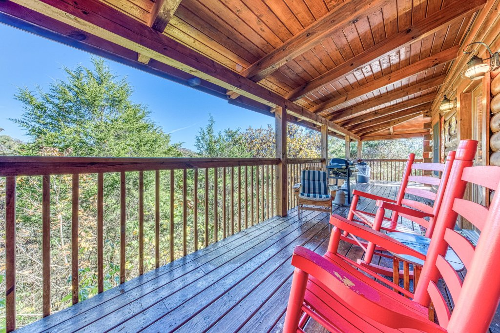 Photo of a Sevierville Cabin named Southern Charms - This is the thirty-seventh photo in the set.