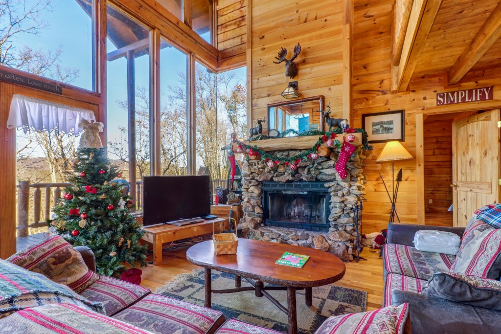 Photo of a Sevierville Cabin named Majestic View - Main Home - This is the ninth photo in the set.