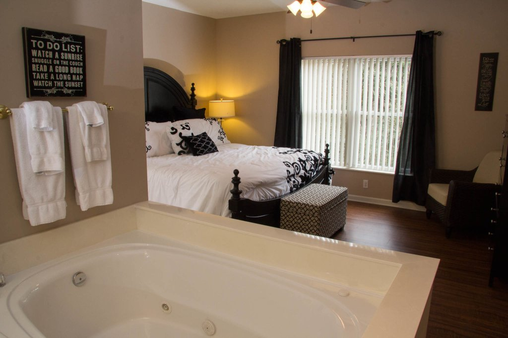 Photo of a Pigeon Forge Condo named Whispering Pines 323 - This is the eighth photo in the set.