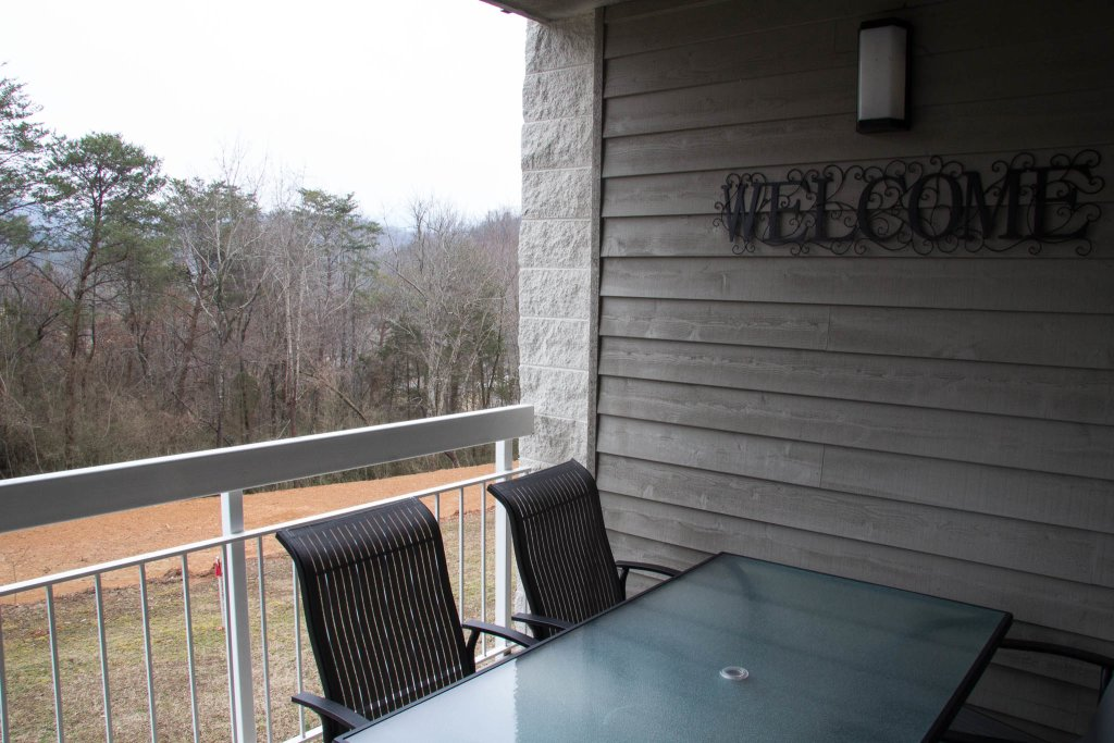 Photo of a Pigeon Forge Condo named Whispering Pines 323 - This is the twenty-third photo in the set.