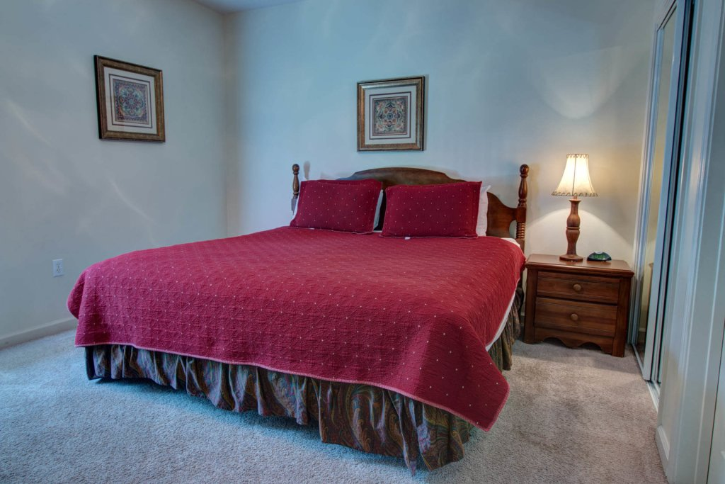 Photo of a Pigeon Forge Condo named Whispering Pines 214 - This is the fourth photo in the set.