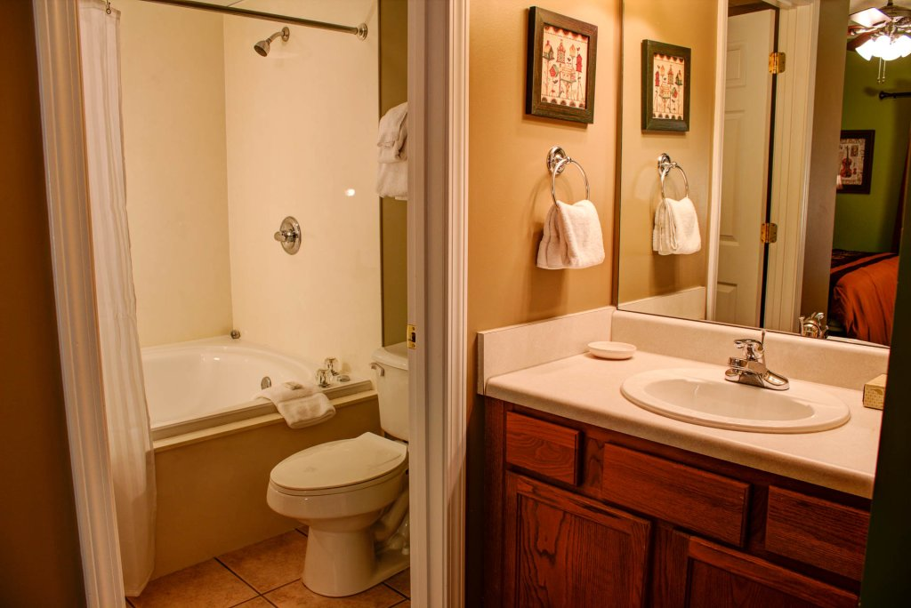 Photo of a Pigeon Forge Condo named Whispering Pines 534 - This is the eighteenth photo in the set.