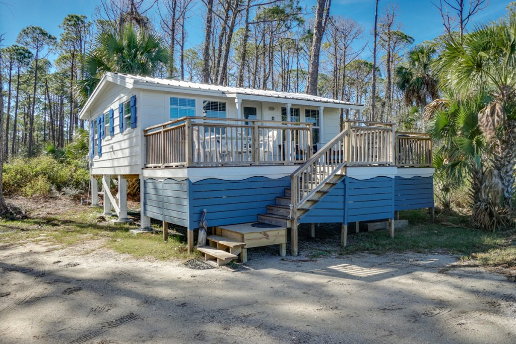 Photo of a Cape San Blas House named Cardinal's Cottage - This is the twenty-second photo in the set.