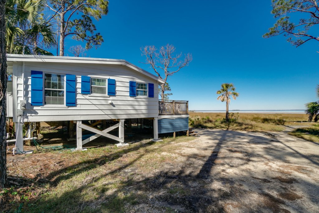 Photo of a Cape San Blas House named Cardinal's Cottage - This is the twenty-third photo in the set.