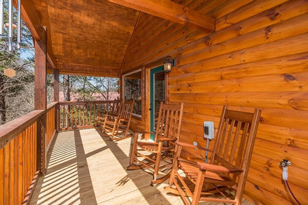 Photo of a Pigeon Forge Cabin named Endless Memories - This is the twelfth photo in the set.