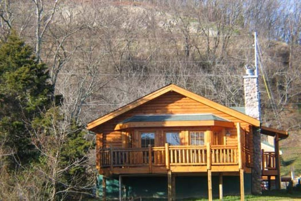 Photo of a Pigeon Forge Cabin named Gone Fishin' - This is the eighteenth photo in the set.