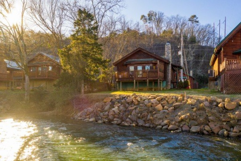 Photo of a Pigeon Forge Cabin named Gone Fishin' - This is the seventeenth photo in the set.