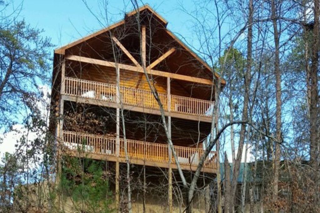Photo of a Pigeon Forge Cabin named Endless Memories - This is the twenty-second photo in the set.