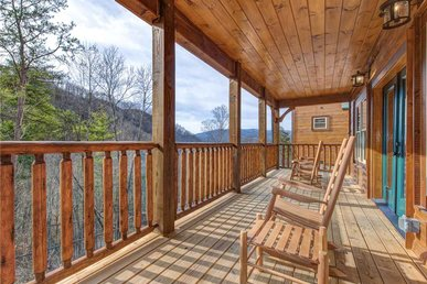 Gatlinburg Escape, 5 Bedrooms, Hot Tub, Arcade, Game Room, Sleeps 16