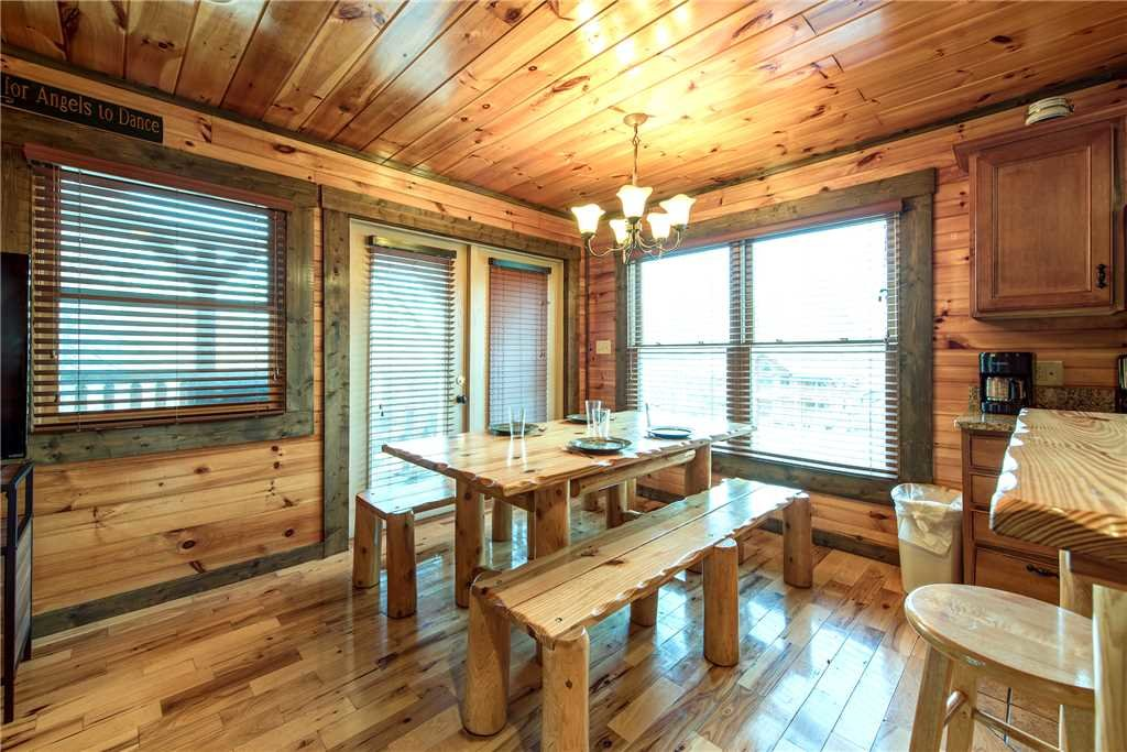 Photo of a Gatlinburg Cabin named Celebration Lodge - This is the fourth photo in the set.