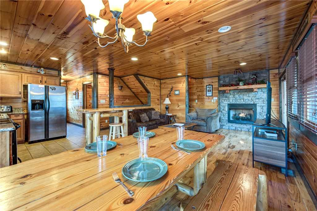 Photo of a Gatlinburg Cabin named Celebration Lodge - This is the fifth photo in the set.
