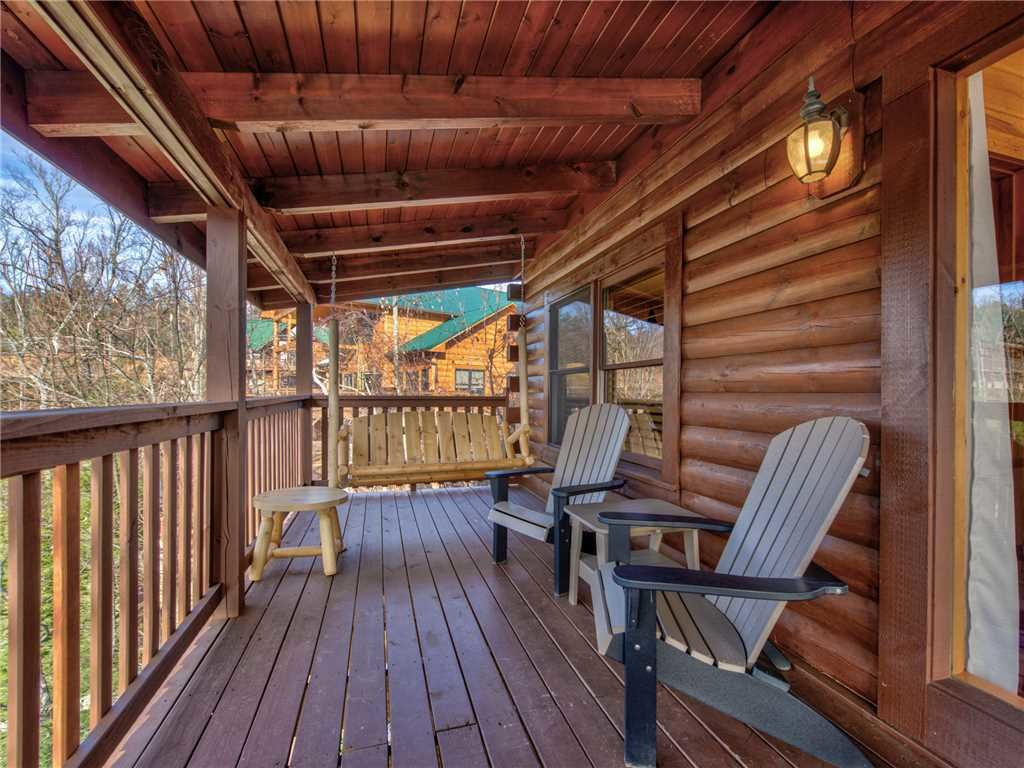 Photo of a Gatlinburg Cabin named Timeless Mountain View - This is the twenty-third photo in the set.