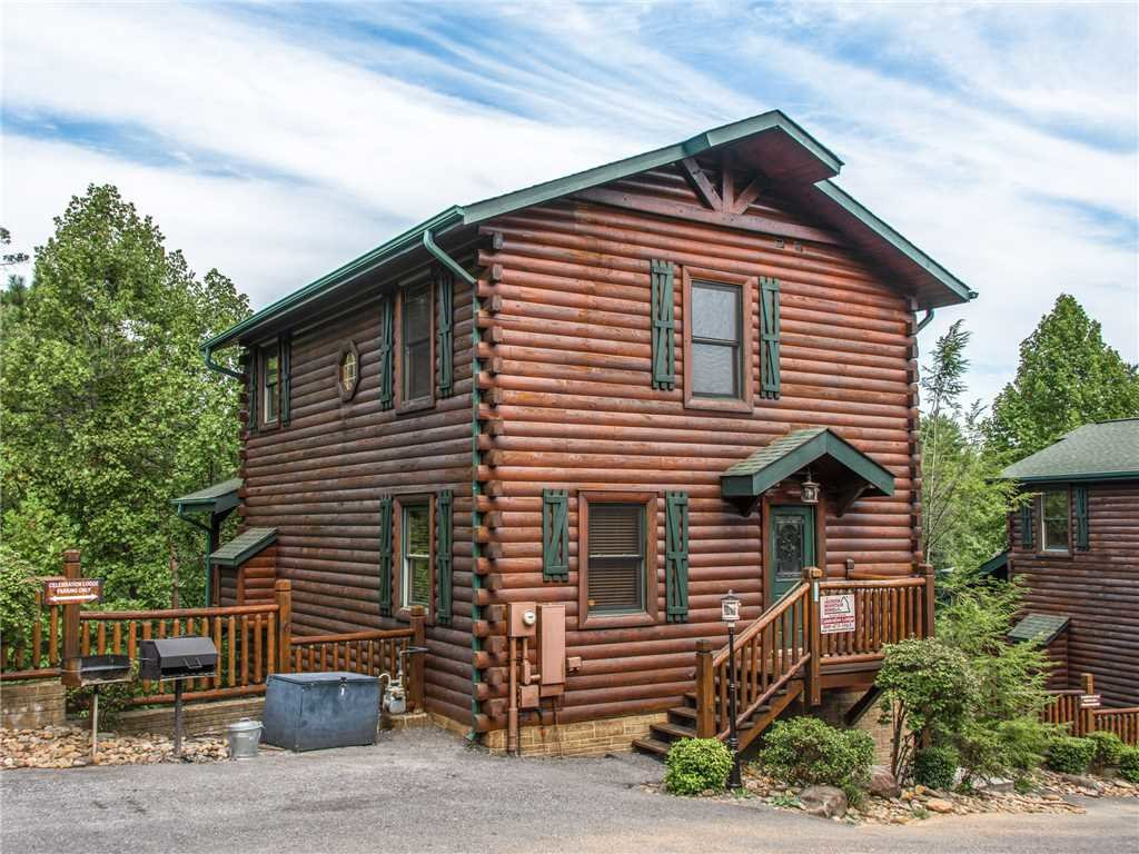 Photo of a Gatlinburg Cabin named Celebration Lodge - This is the twenty-eighth photo in the set.