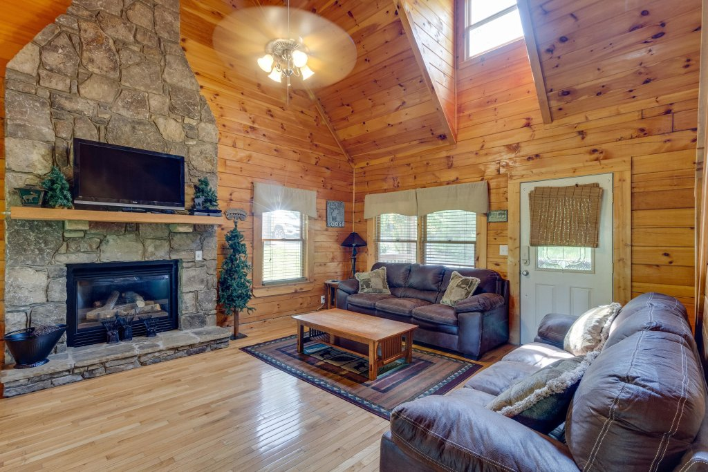 Photo of a Pigeon Forge Cabin named Moose Creek Lodge - This is the seventh photo in the set.