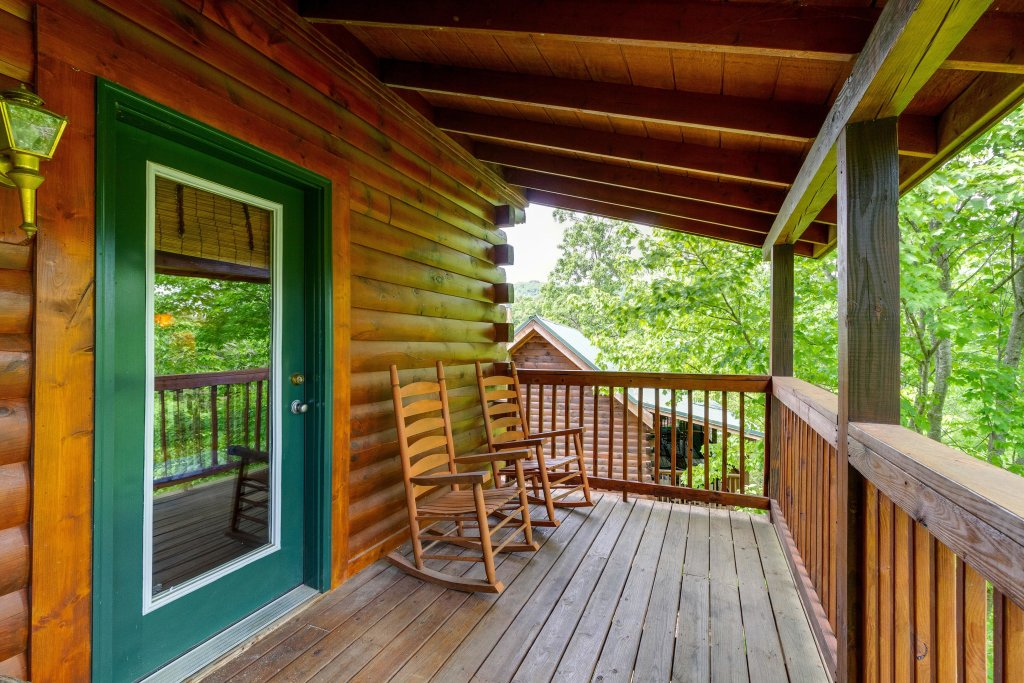 Photo of a Pigeon Forge Cabin named Moose Creek Lodge - This is the fortieth photo in the set.
