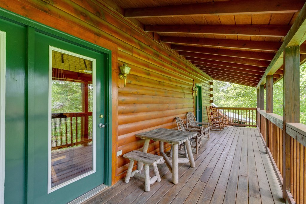 Photo of a Pigeon Forge Cabin named Moose Creek Lodge - This is the forty-first photo in the set.