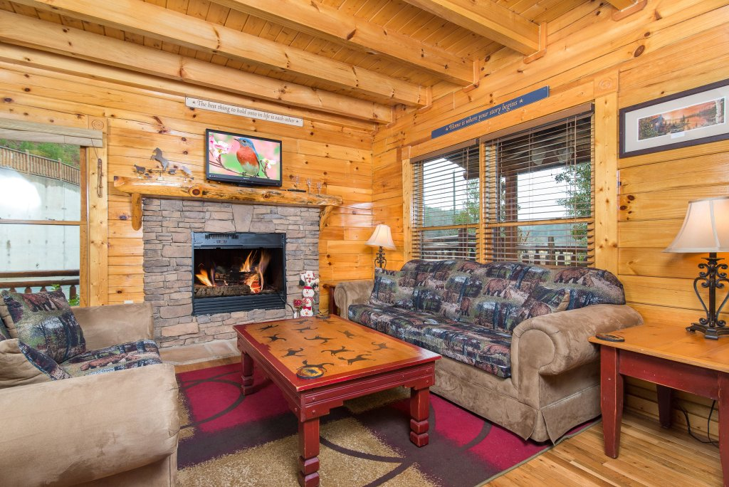 Photo of a Sevierville Cabin named Poolside Paradise - This is the second photo in the set.