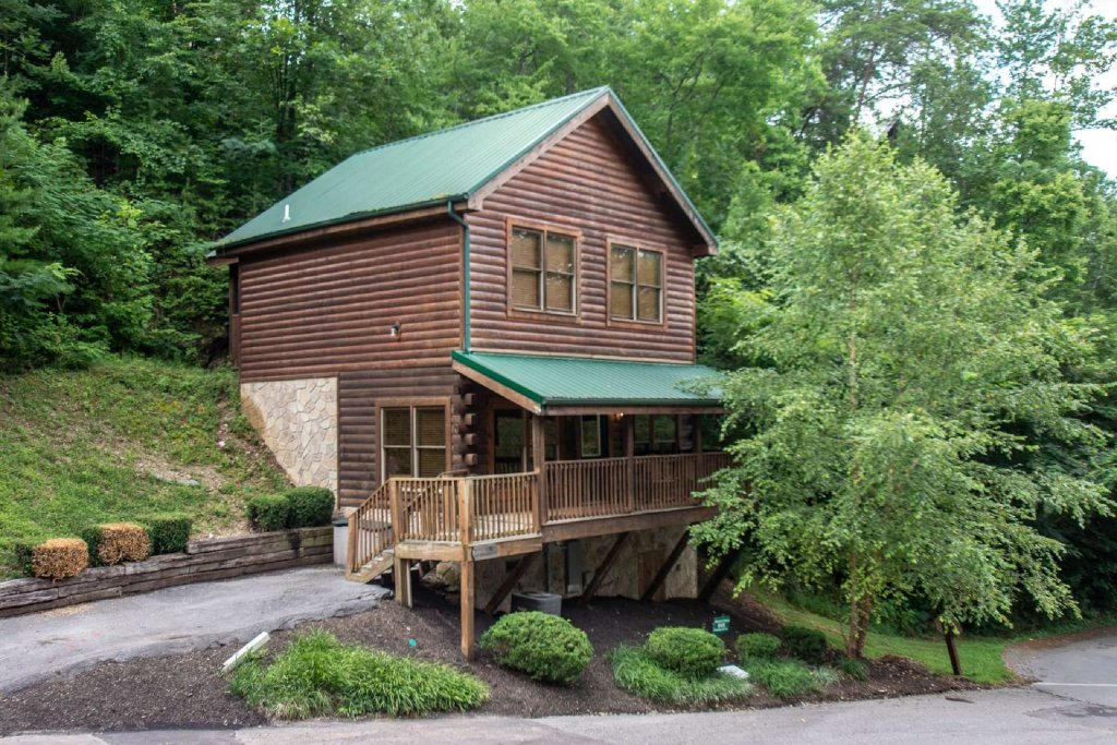 Photo of a Pigeon Forge Cabin named Absolute Dream - This is the third photo in the set.