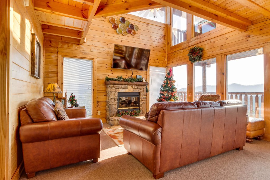 Photo of a Sevierville Cabin named 50 Mile View - This is the eighth photo in the set.