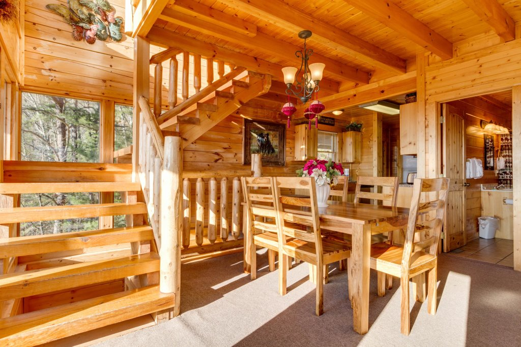 Photo of a Sevierville Cabin named 50 Mile View - This is the twenty-third photo in the set.