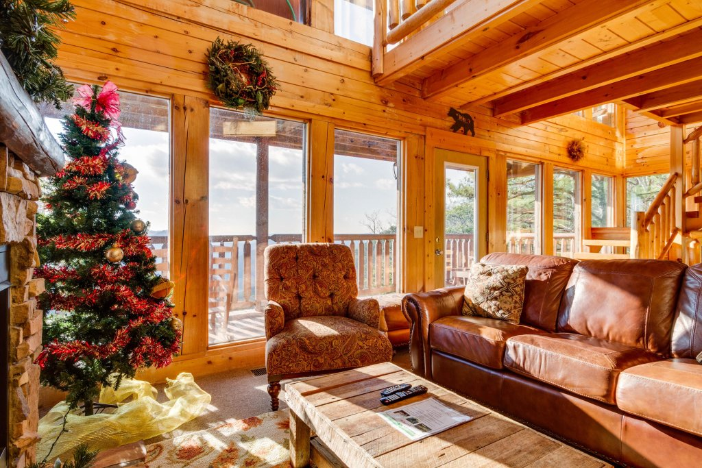 Photo of a Sevierville Cabin named 50 Mile View - This is the fourth photo in the set.