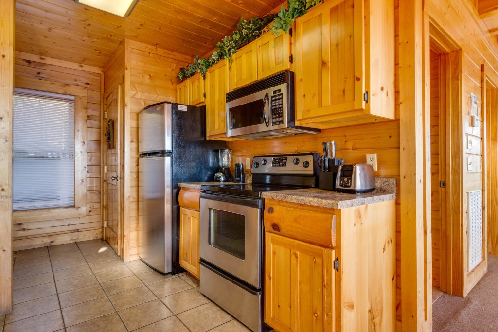 Photo of a Sevierville Cabin named 50 Mile View - This is the tenth photo in the set.