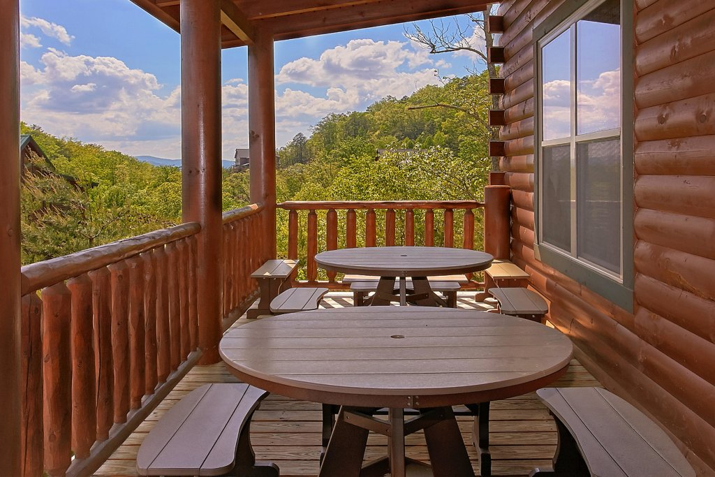 Photo of a Pigeon Forge Cabin named Awesome View Lodge - This is the fortieth photo in the set.