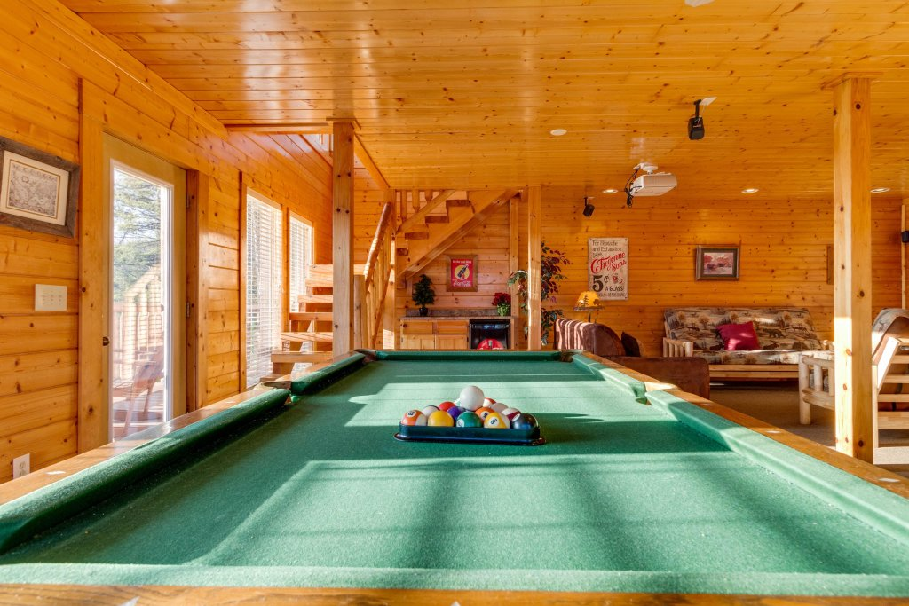 Photo of a Sevierville Cabin named 50 Mile View - This is the twelfth photo in the set.