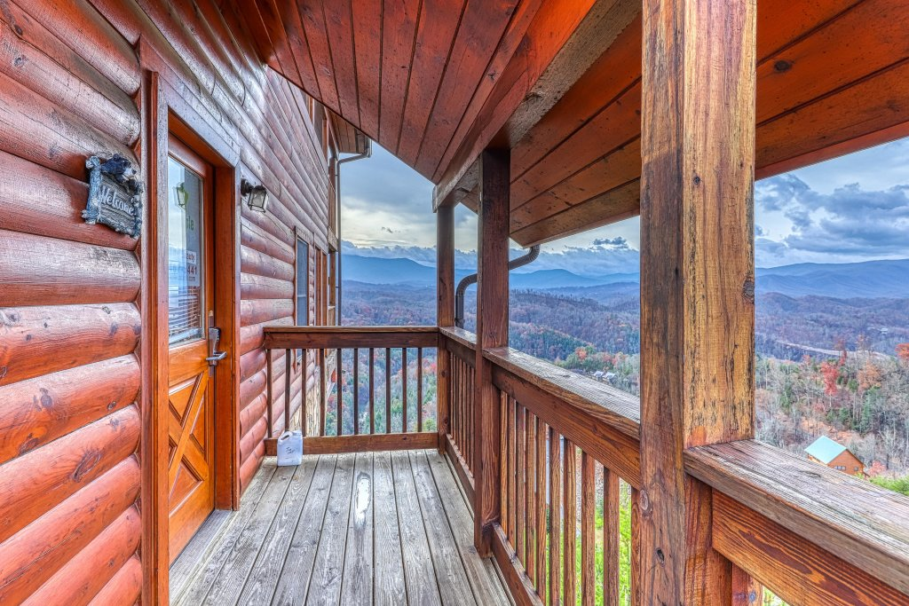 Photo of a Pigeon Forge Cabin named Amidst The Beauty - This is the twenty-ninth photo in the set.