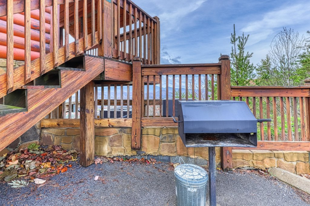 Amidst The Beauty in Pigeon Forge w/ 1 BR (Sleeps6)