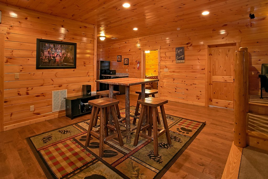 Photo of a Pigeon Forge Cabin named Awesome View Lodge - This is the forty-seventh photo in the set.