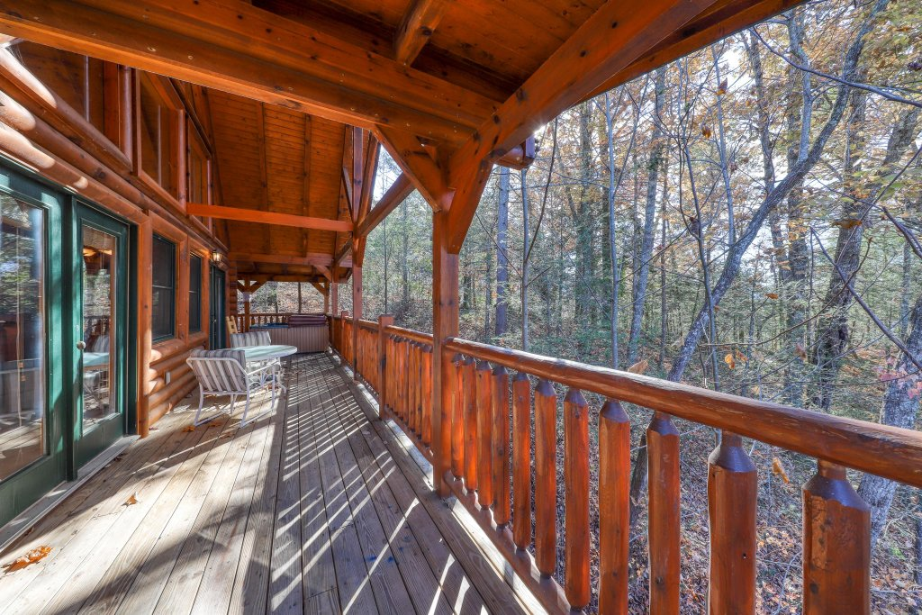 Photo of a Gatlinburg Cabin named Angels Rest - This is the second photo in the set.
