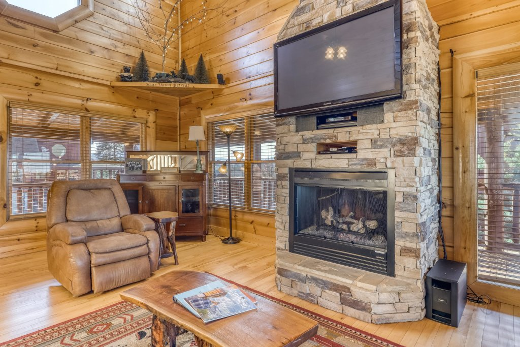 Photo of a Sevierville Cabin named Bear Crossing Retreat - This is the sixth photo in the set.
