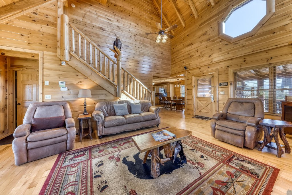 Photo of a Sevierville Cabin named Bear Crossing Retreat - This is the seventh photo in the set.