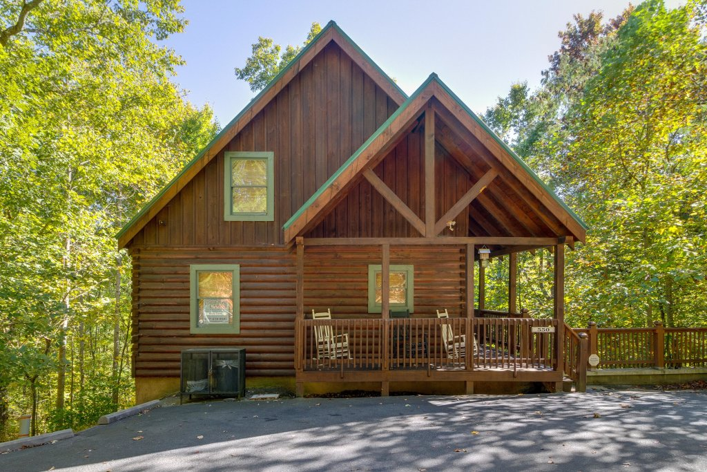 Photo of a Pigeon Forge Cabin named Beary Comfy - This is the thirty-third photo in the set.
