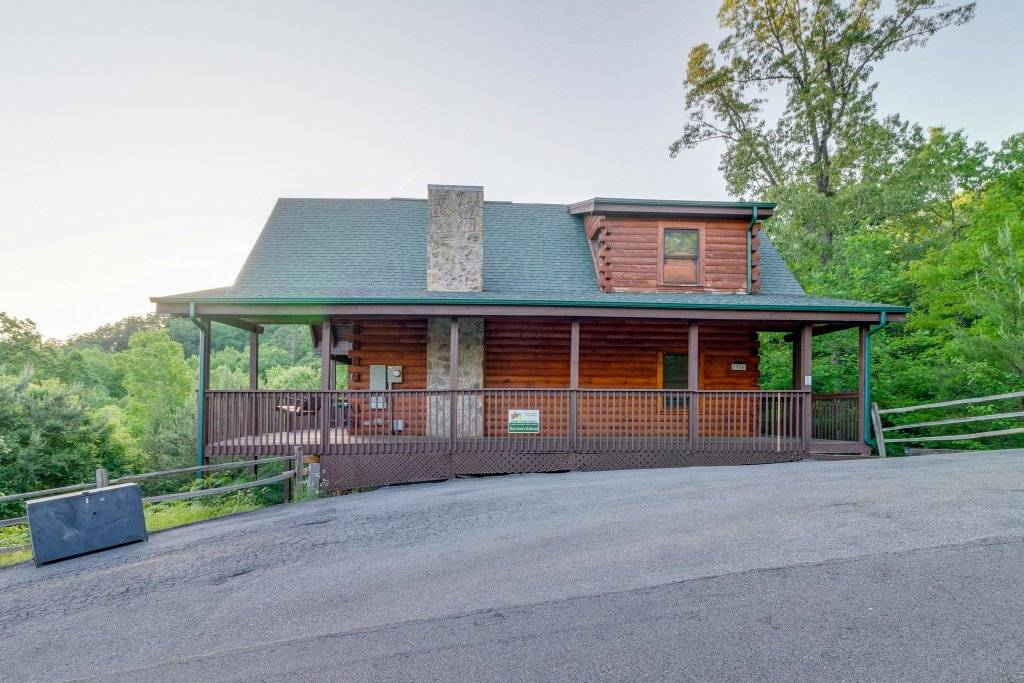 Photo of a Pigeon Forge Cabin named Harrisons Hideout - This is the thirtieth photo in the set.