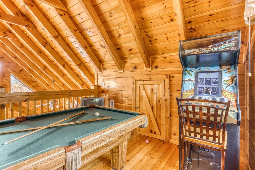 Photo of a Pigeon Forge Cabin named Heavens Scent - This is the twelfth photo in the set.