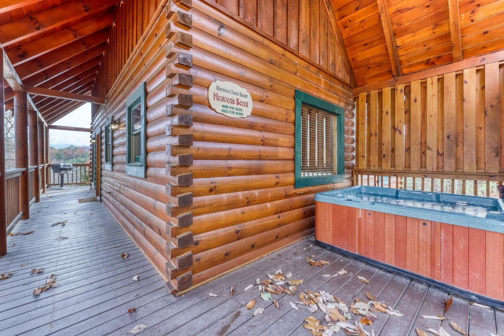 Photo of a Pigeon Forge Cabin named Heavens Scent - This is the twenty-first photo in the set.