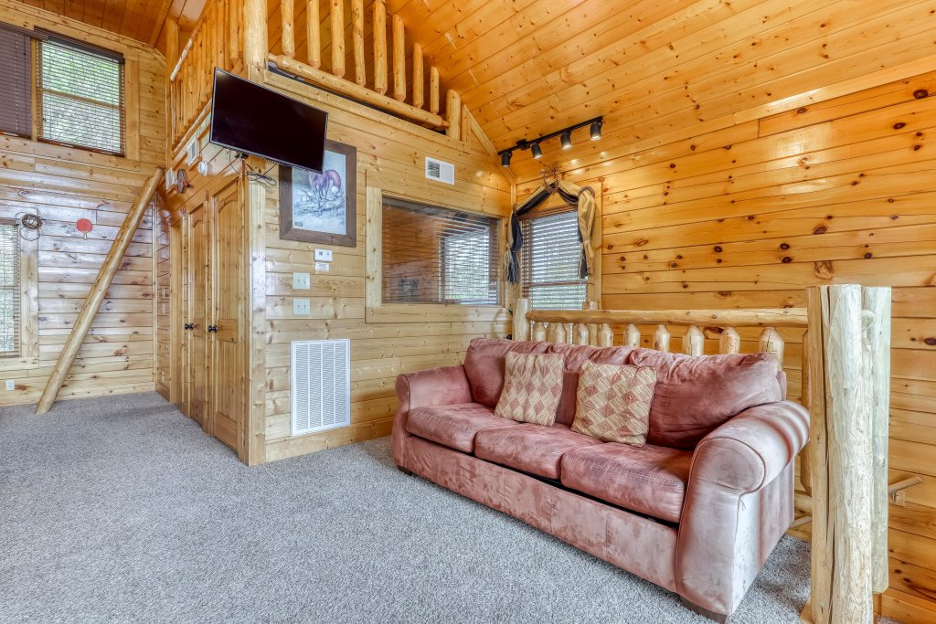 Photo of a Pigeon Forge Cabin named The Greenbrier 2936 - This is the seventeenth photo in the set.
