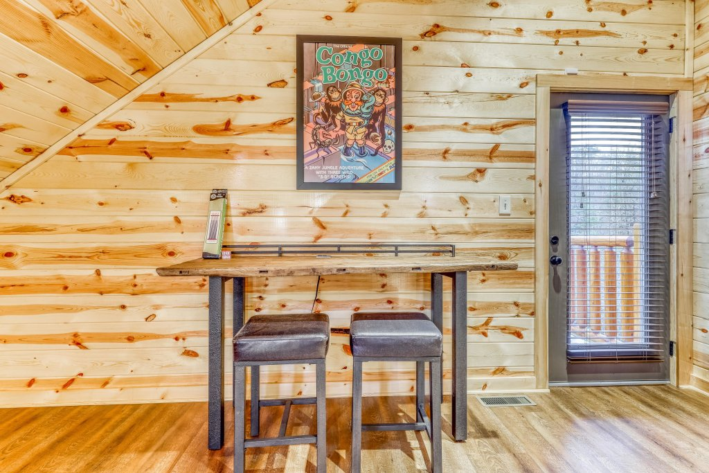 Photo of a Sevierville Cabin named Mountain High Cinema - This is the fifteenth photo in the set.