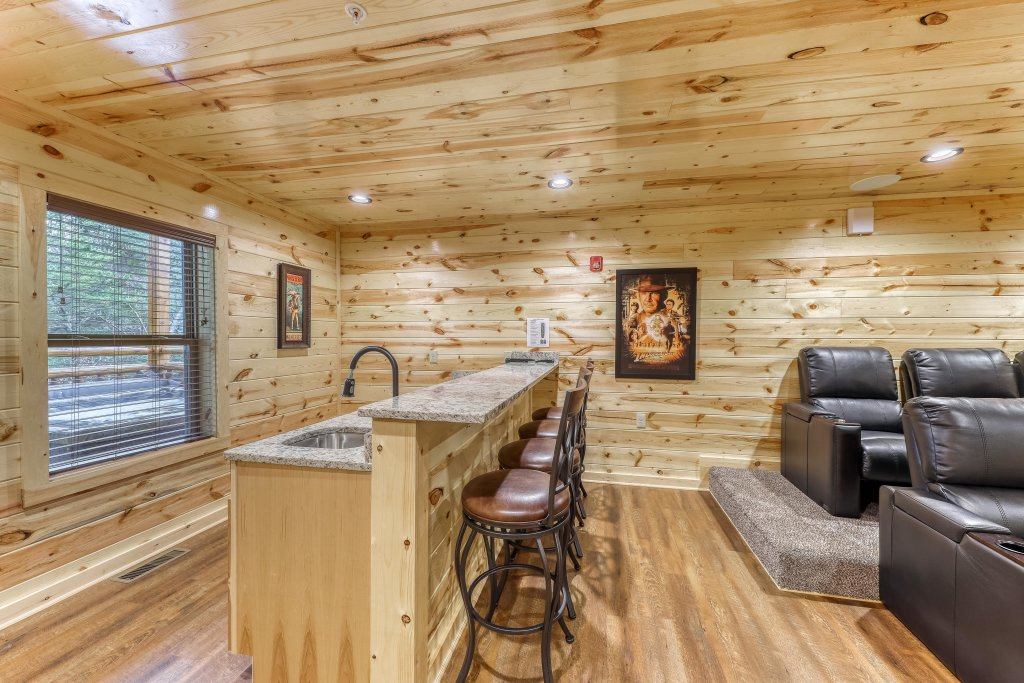 Photo of a Sevierville Cabin named Mountain High Cinema - This is the tenth photo in the set.