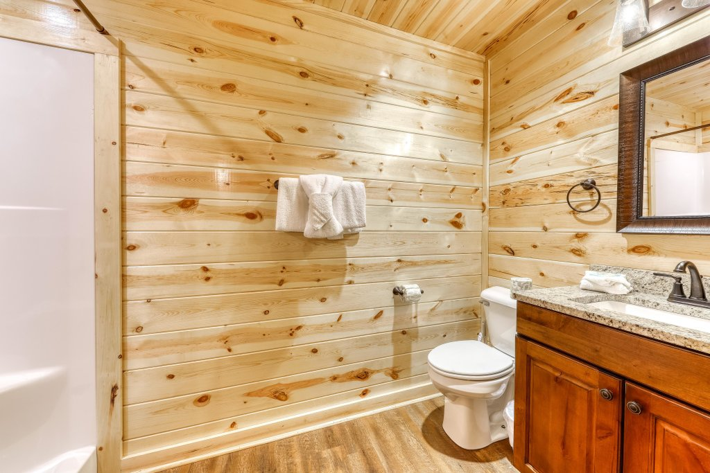 Photo of a Sevierville Cabin named Mountain High Cinema - This is the thirtieth photo in the set.