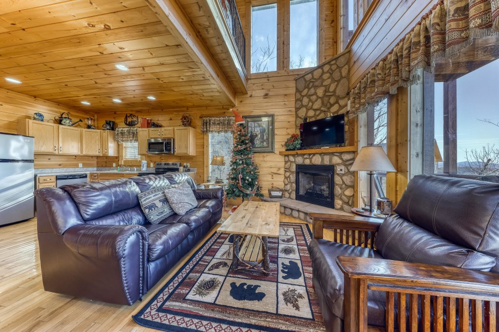 Photo of a Pigeon Forge Cabin named Panoramic Point - This is the sixth photo in the set.