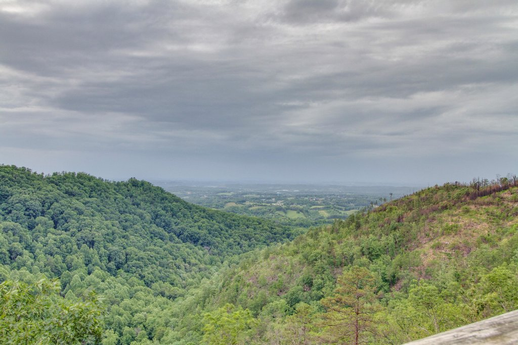Photo of a Pigeon Forge Cabin named Panoramic Point - This is the twenty-ninth photo in the set.